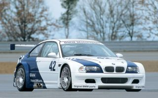 BMW M3 GTR Race Car - 2001