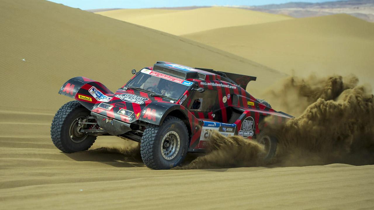 Багги в песках