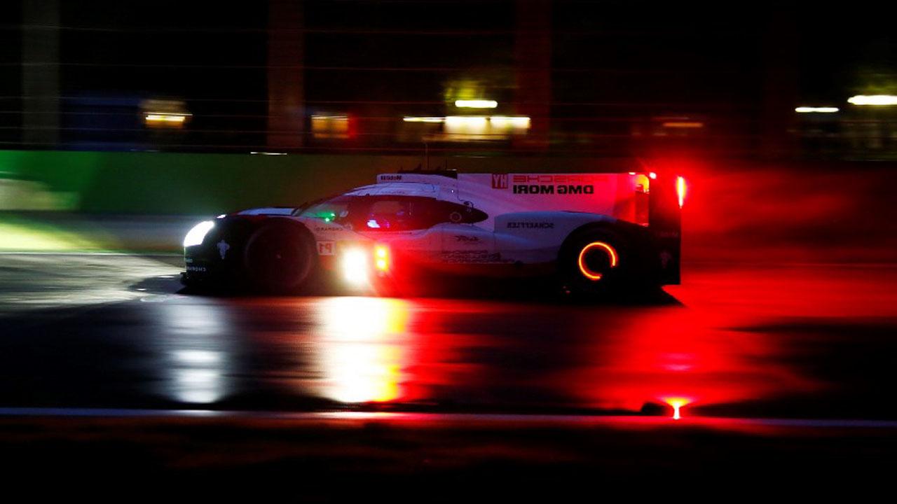 ночная гонка авто