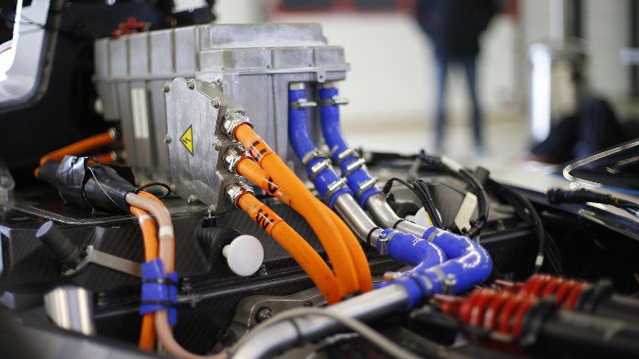 Электрическая установка спортивной машины