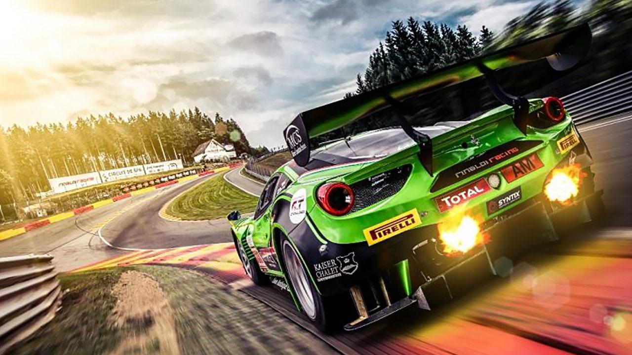 зелёный спорткар
