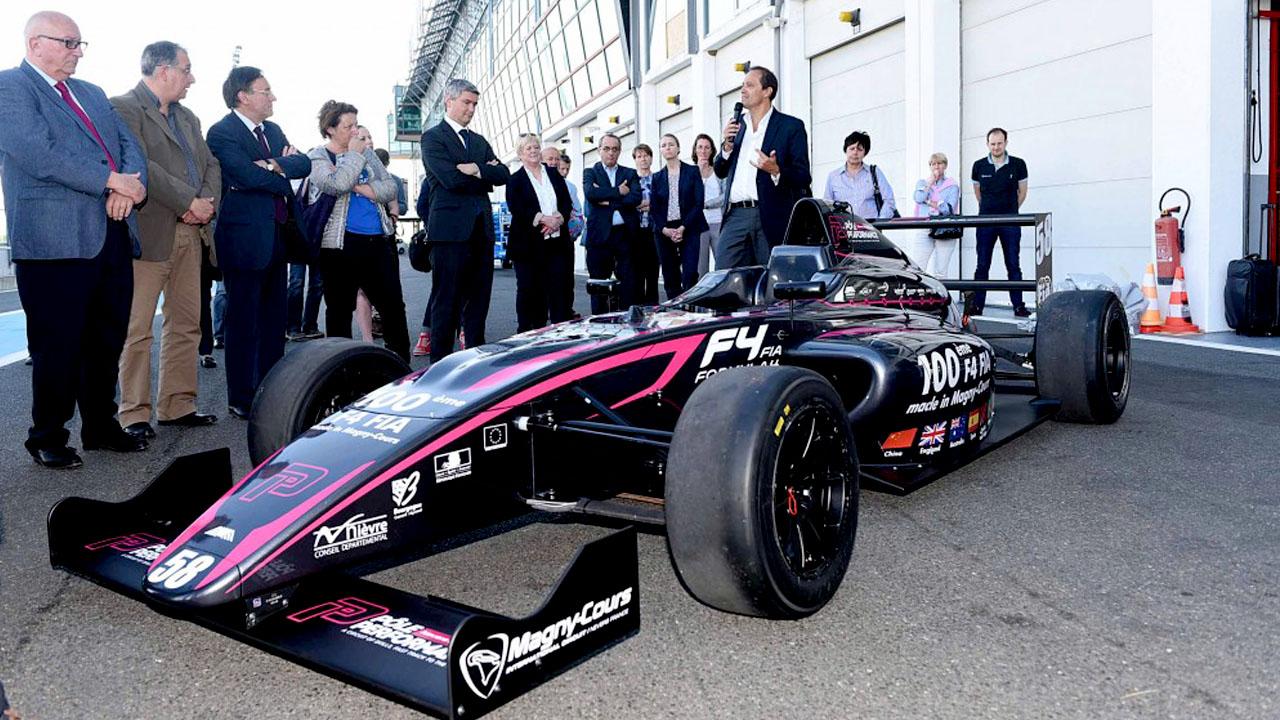 Презентация болида Formula 4