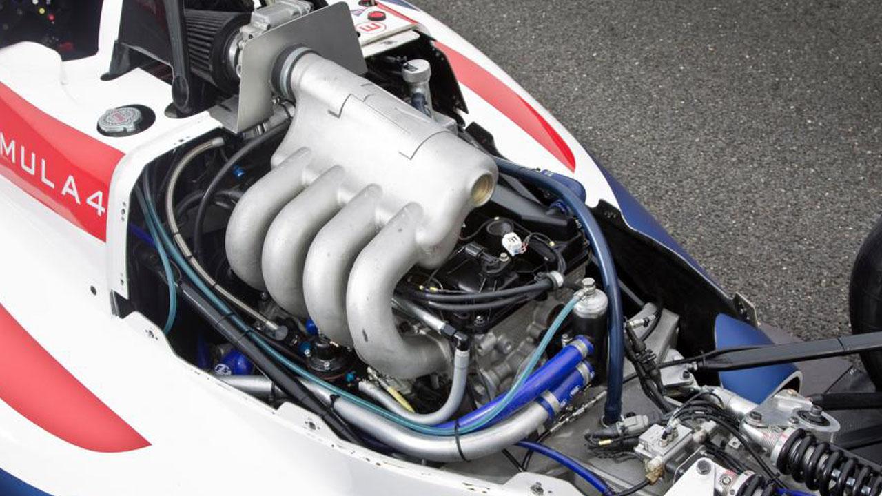 Впускной коллектор гоночного болида Formula 4