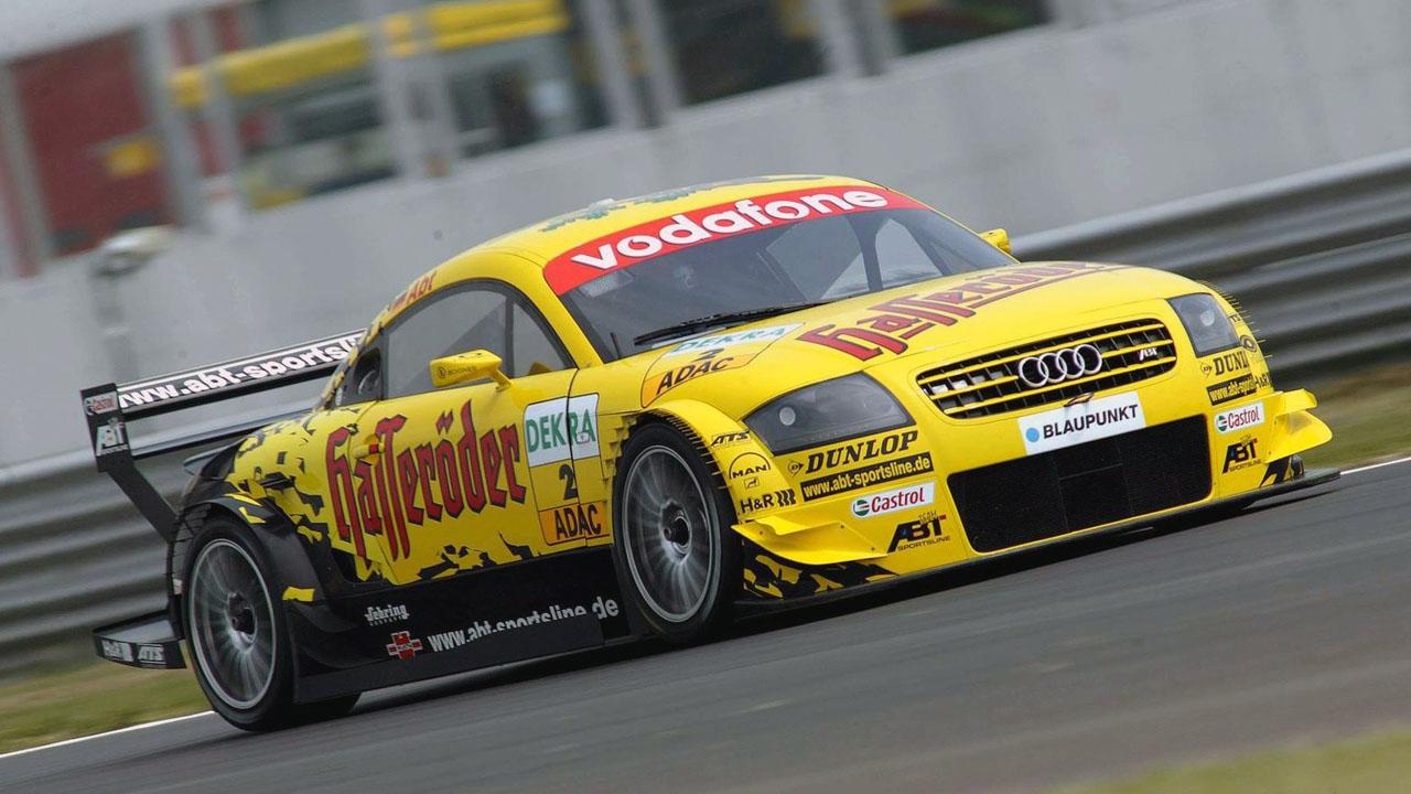 Audi TT желтый
