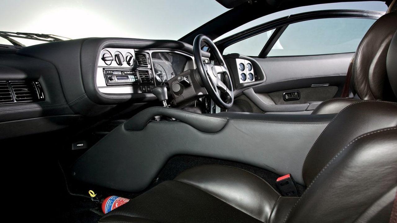 Интерьер Jaguar XJ220 LM