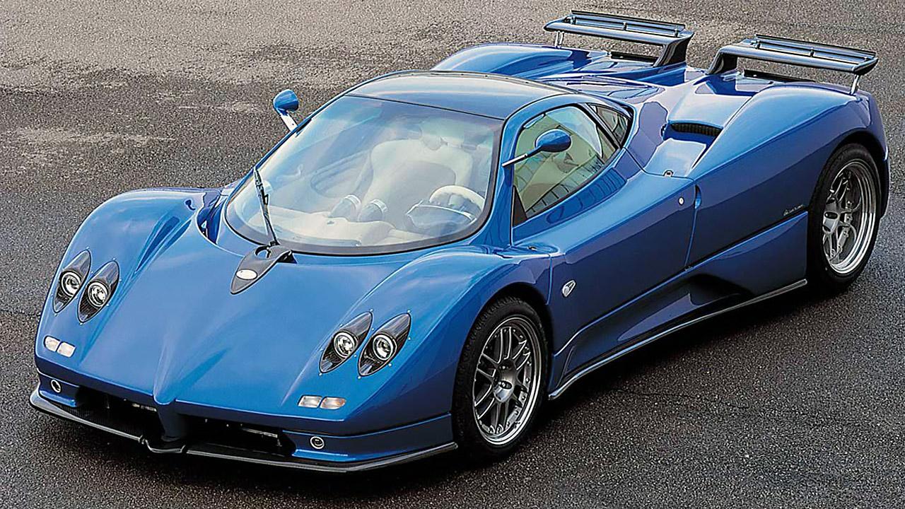 итальянская синяя машина