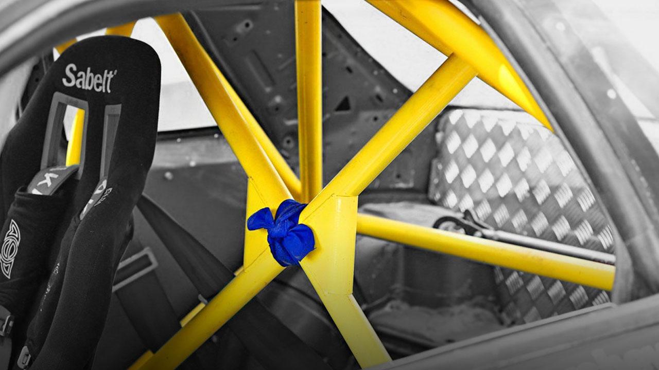 Автомобильный каркас безопасности