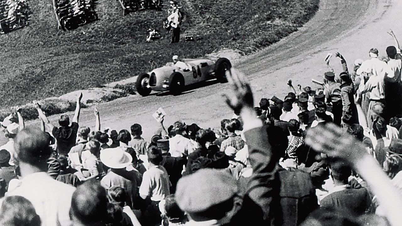 Бернд Розмайер побеждает в Гран При 1936