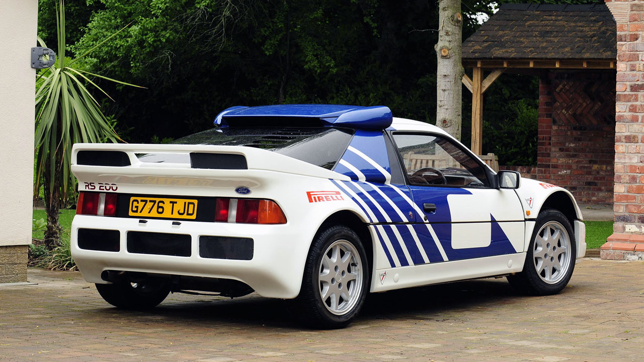 1984 Ford RS200 вид сзади