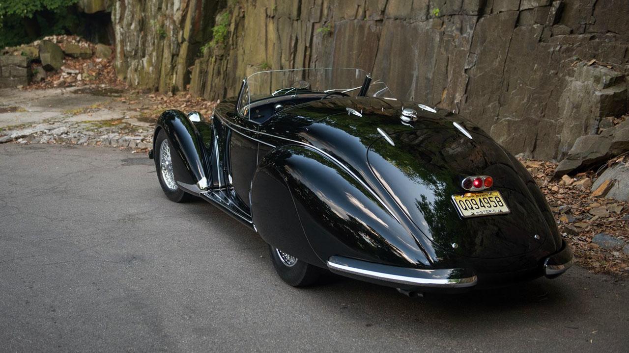 Alfa Romeo 8C 2900B вид сзади