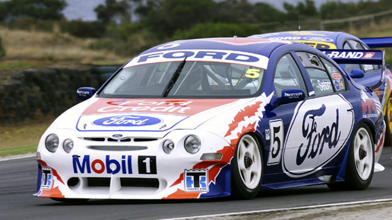 Ford Falcon XR8 - 2000