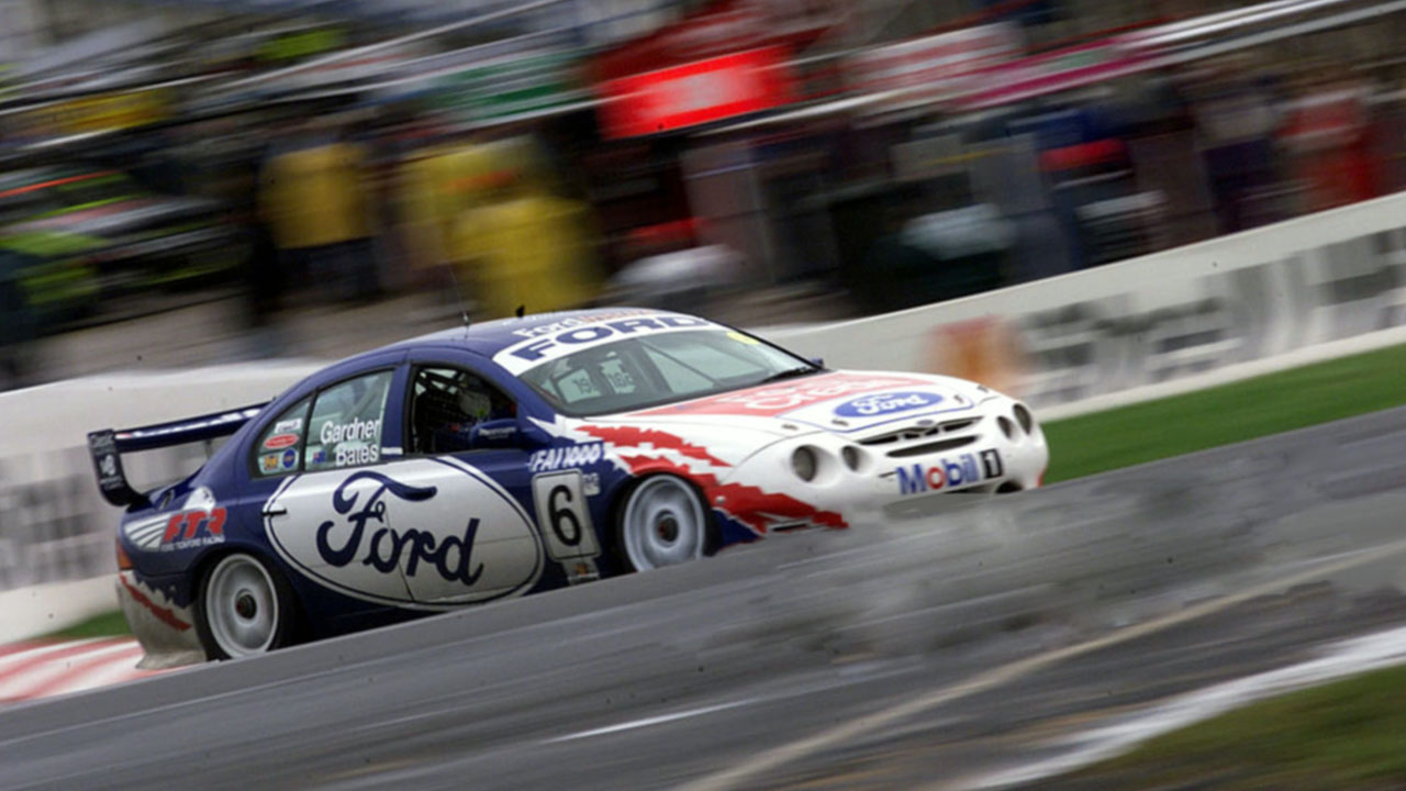 Ford Falcon XR8 - 2000 Super Car