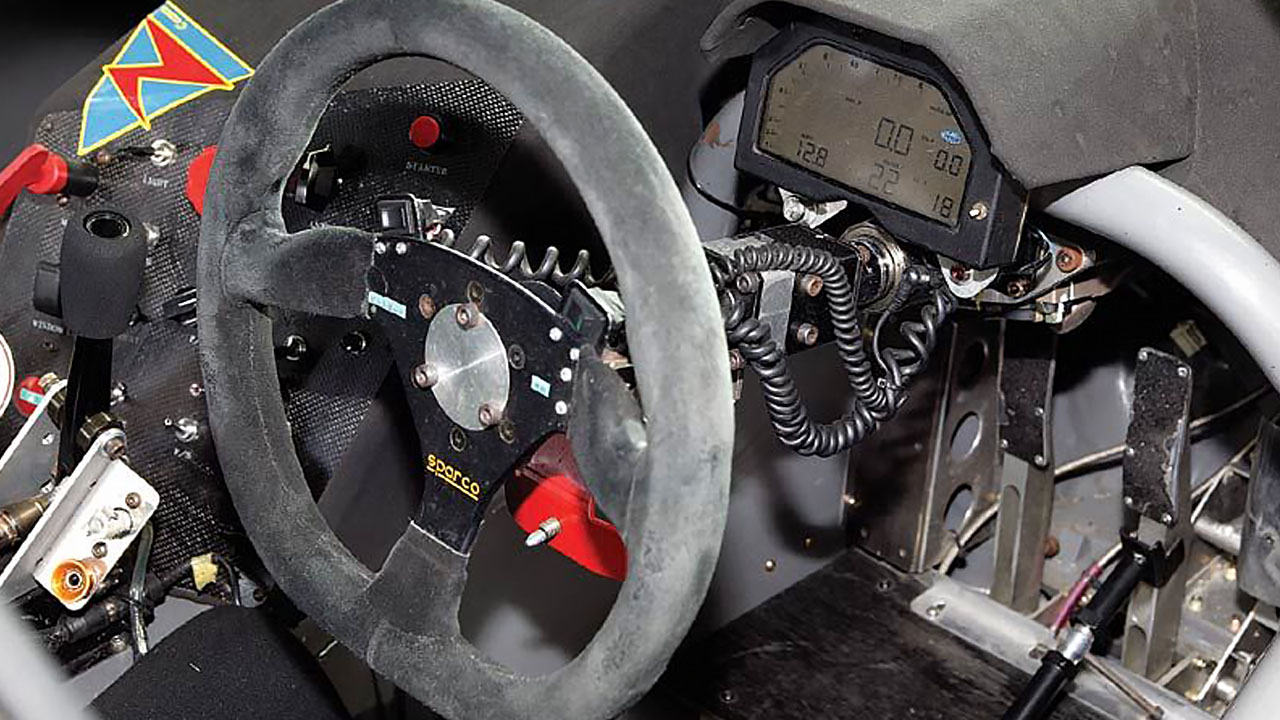 Кабина GT300 CUSCO ADVAN