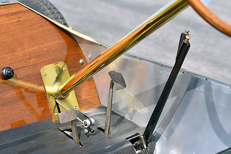 Педали Bugatti Type 10