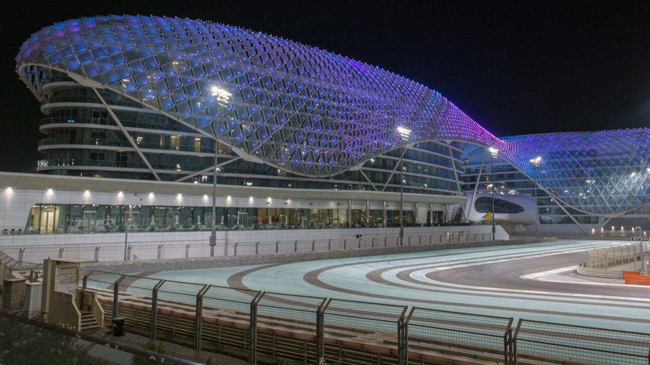 Ночное Гран-При в Абу Даби