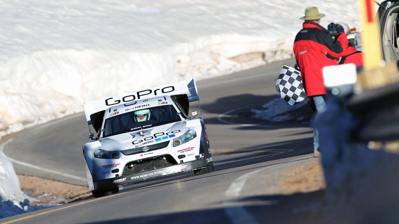Suzuki SX4 Monster Sport на винише Pikes Peak