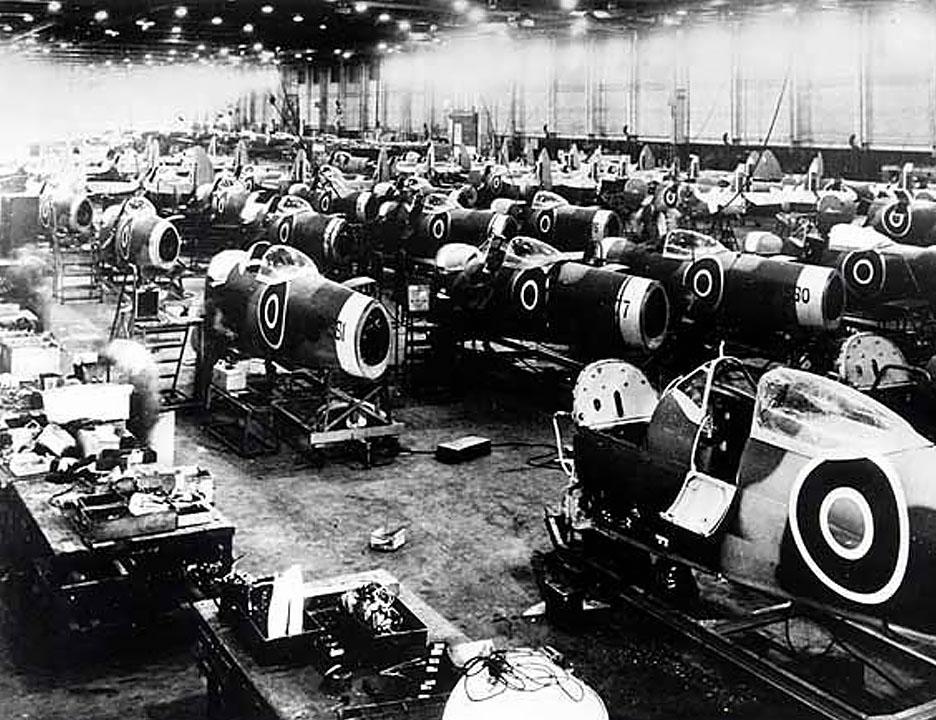 Спитфаеры на заводе Jaguar
