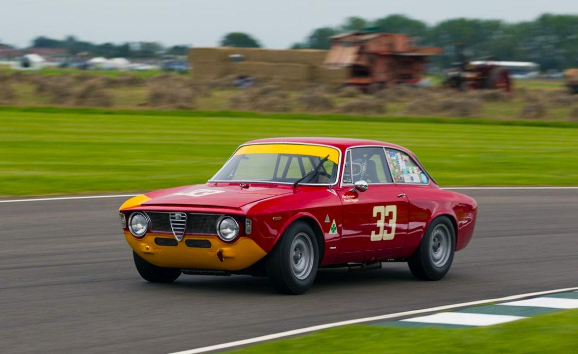 Touring Alfa Romeo Giulia Sprint GTA