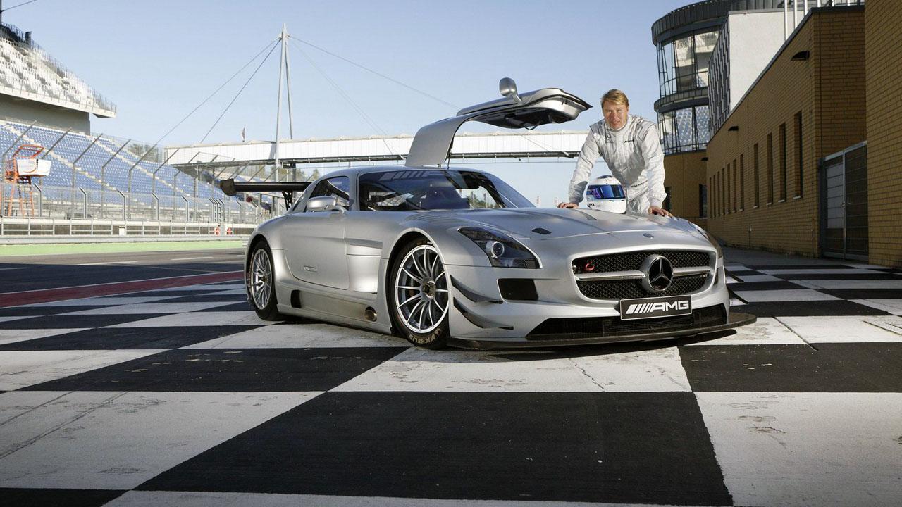Мика Хаккинен и SLS AMG GT3