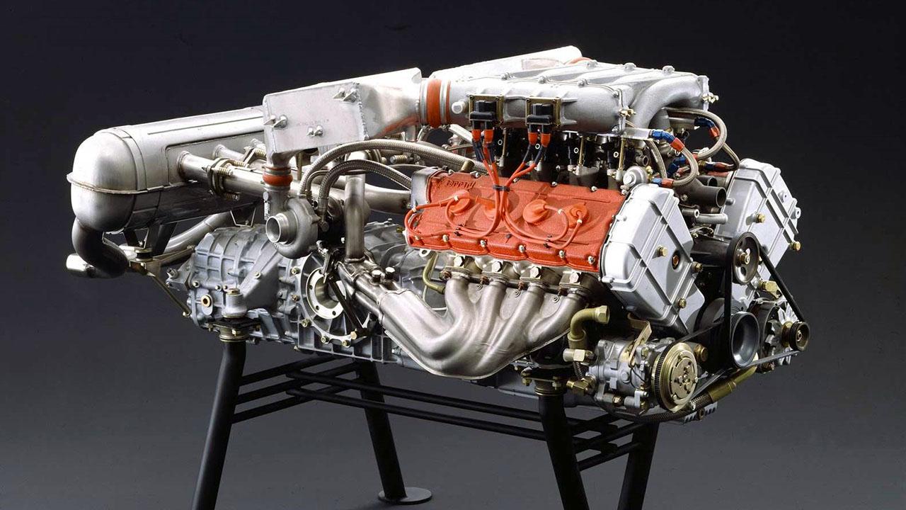 Двигатель Ferrari F40