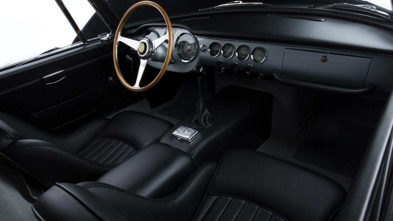 250 GT SWB Berlinetta Внутри
