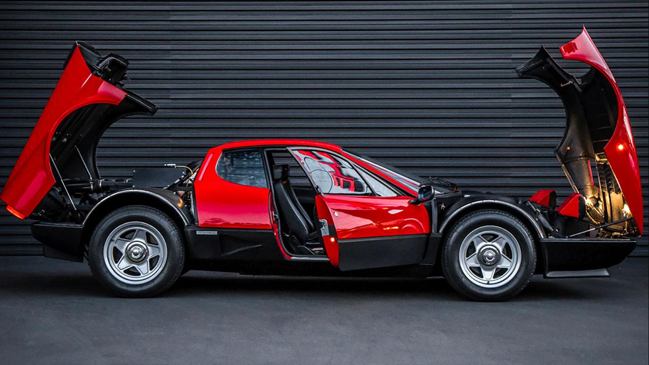 Ferrari 512 BBi без обшивки
