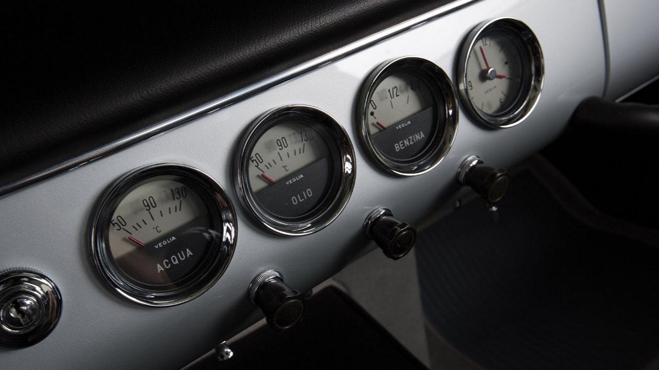 Приборная панель 250 GT SWB