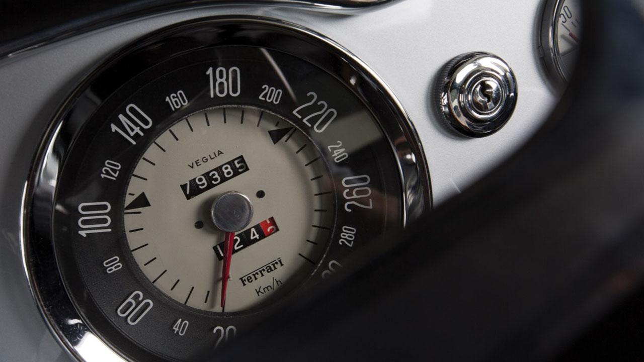 Тахометр 250 GT SWB