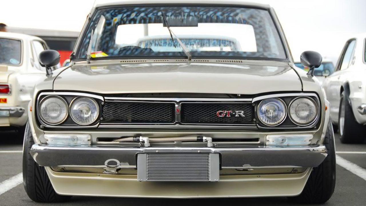 Тюнингованный GT-R 2000